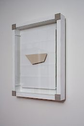 mahony, Bir Tawil, 2011: wood, paper, clay, glass, 41,5 x 32 x 7 cm; Photo © Wolfgang Thaler, 2011